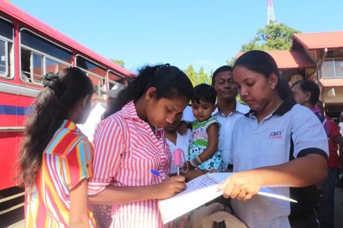 Signature campaign in Badulla_2