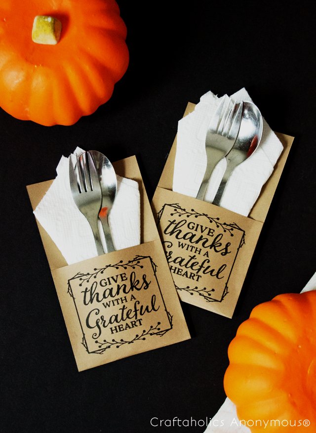 Craftaholics Anonymous® Thanksgiving Table Craft Turkey Trivia Cards