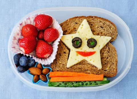 The kids will love these fun and delicious back to school bento lunch ideas!