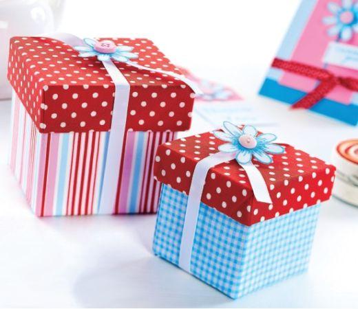 Petal Gift Box Template - Free Card Making Downloads Papercraft - gift box template free