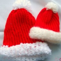How-To: Loom Knitted Santa Hats