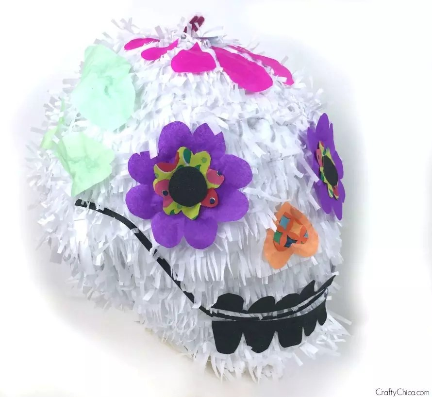 How to make a sugar skull piñata by craftychica.com