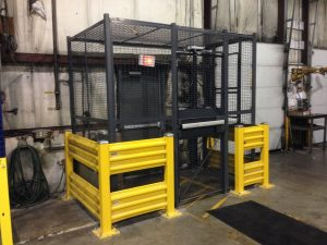 Wire mesh enclosure