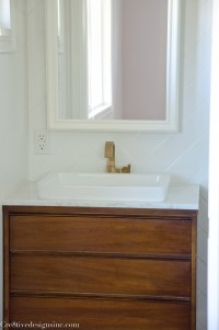 Designing a tiny bathroom - Cre8tive Designs Inc.