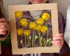 tablou din flori naturale presate - papadie