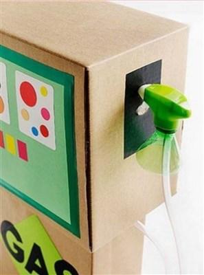 benzinarie de carton - o lume de vis pentru copii din cutii de carton -