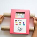 Televizor de carton care transmite in direct creatiile copilului tau