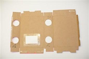 televizor de carton - pasul 1