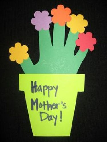 6 - 15 cadouri si felicitari pentru mama pe care le pot realiza copiii de 8 Martie