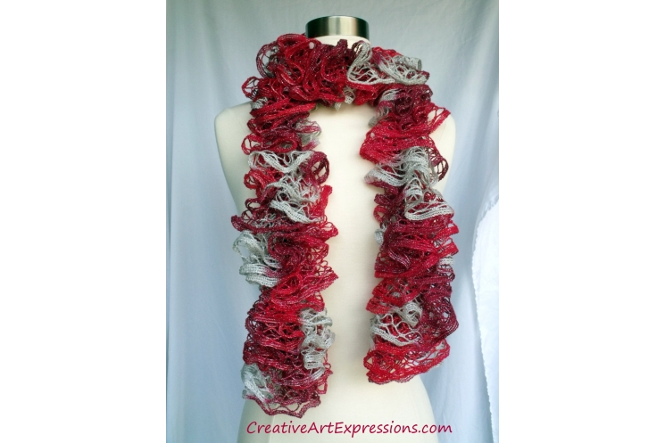 Creative Art Expressions Hand Knitted Crimson Christmas