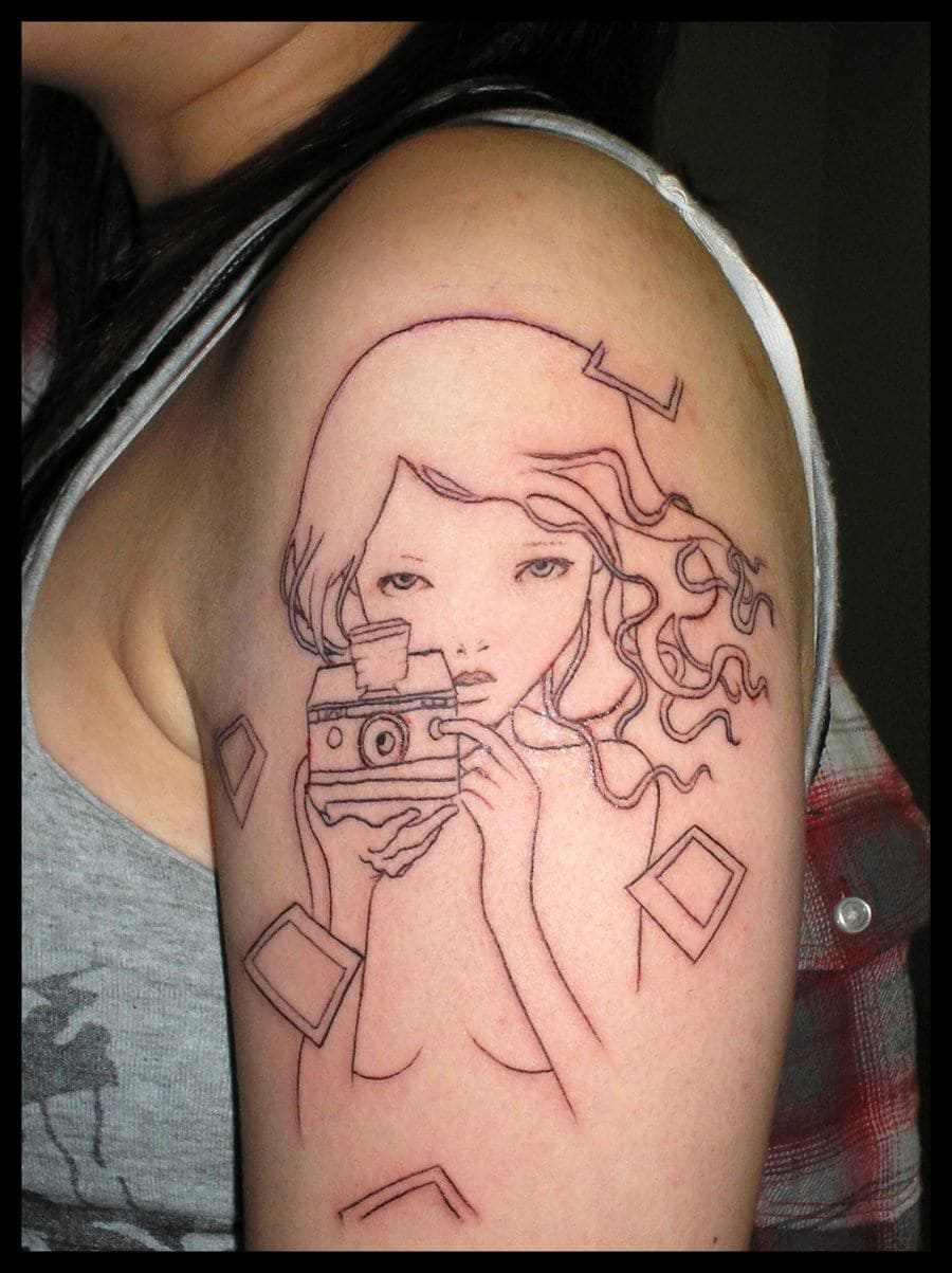 Cute Small Girl Wallpapers For Facebook Girl Upper Arm Tattoos Creativefan
