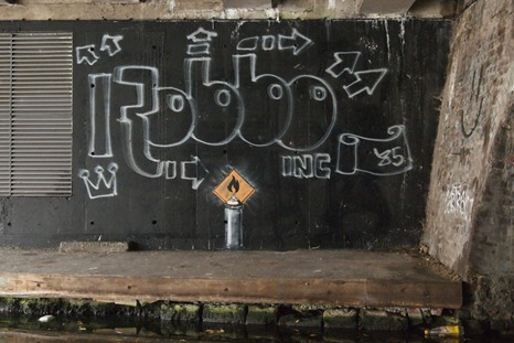 Evolving Street Art Challenge feat. Banksy and Robbo [PHOTOS] Guerrilla Marketing Photo