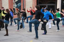 5 AMAZING Flash Mob Marketing Examples that Generated Buzz Guerrilla Marketing Photo