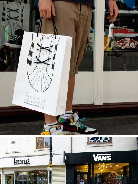45 Creative Bagvertising Examples Guerrilla Marketing Photo