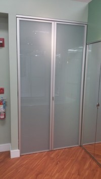 Bifold Closet Doors | Creative Mirror & Shower