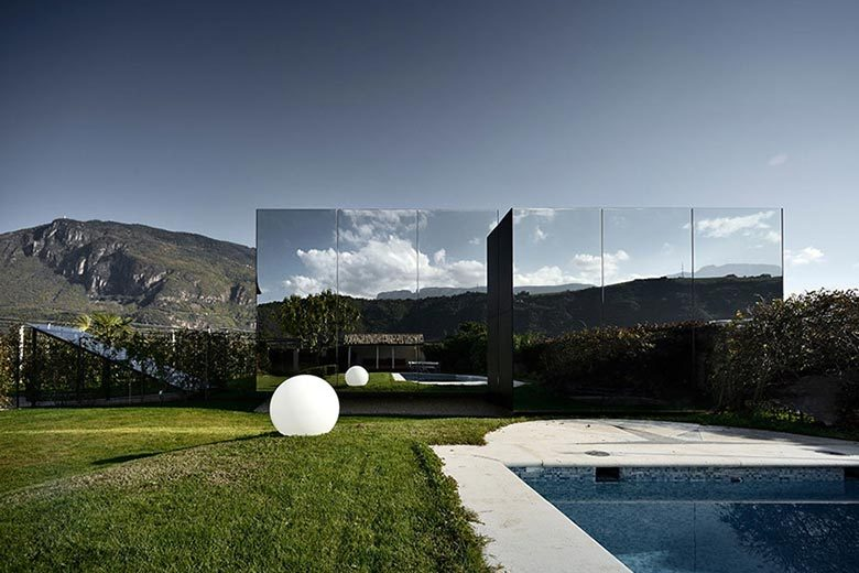 mirror-houses-peter-pichler-northern-italy-02