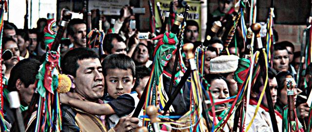 Autoridades Tradicionales Indígenas del Cauca Colombia - Evento Diálogos la María Piendamó, Cauca Colombia Copyright Comunicaciones CRIC 2016