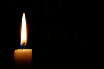 candle-in-dark