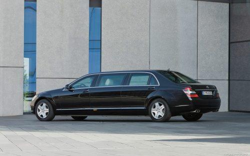 Mercedes S600 Pullman State Limousine