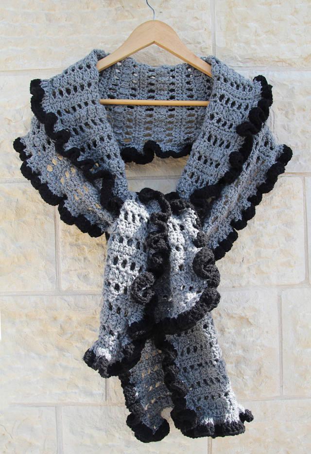 crochet ruffle shawl