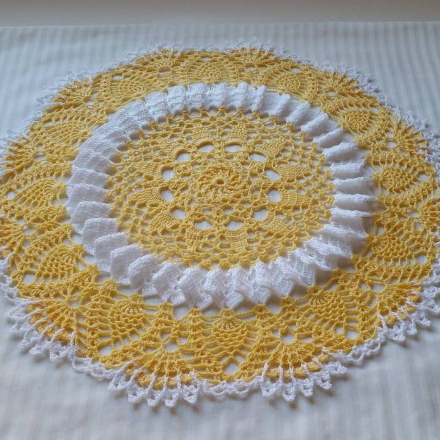 Sunshine Lace Doilypart 4 finished Instructions for the last parthellip