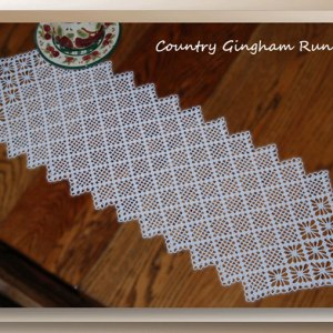 Country Gingham Runner