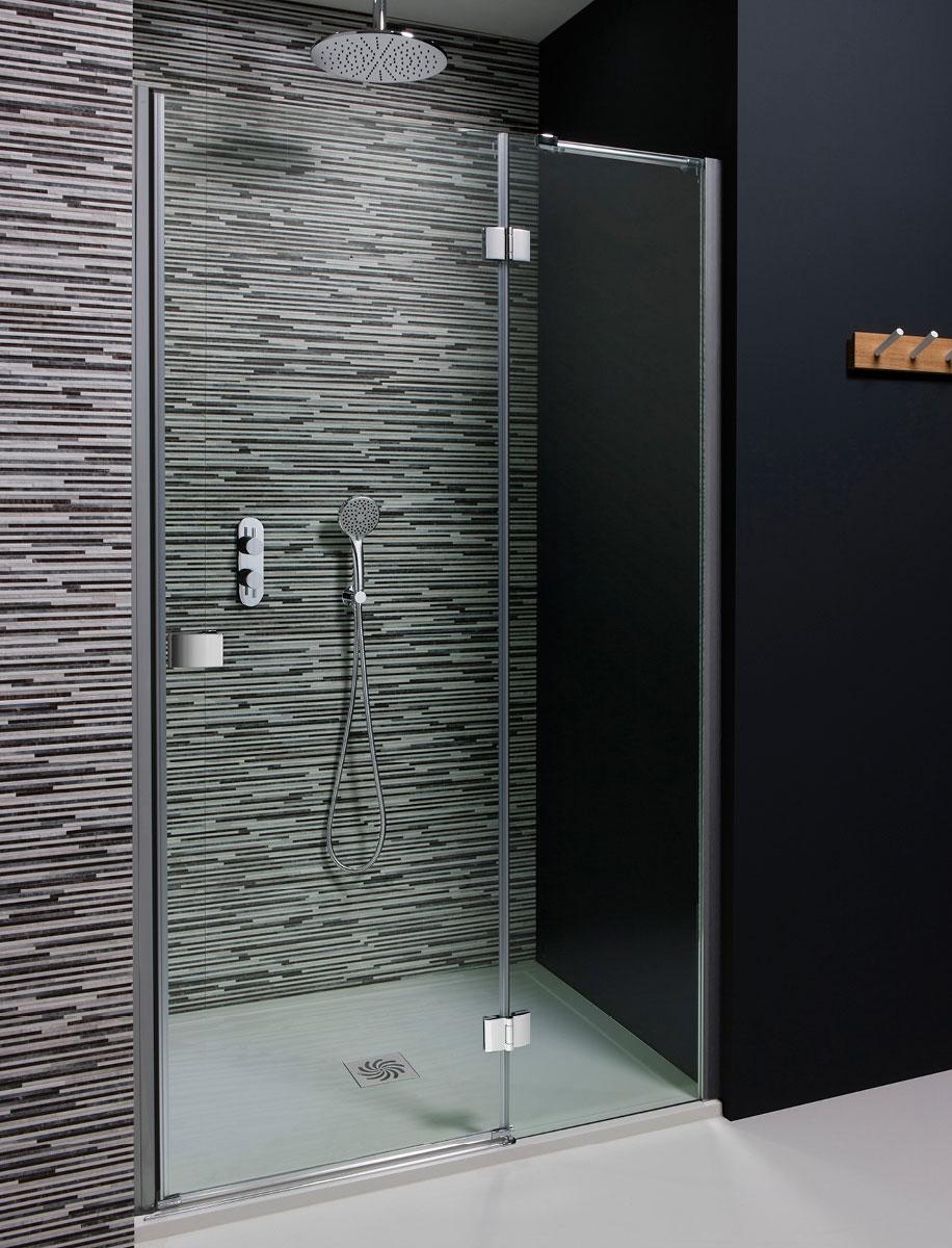 Design Hinged Shower Door with Inline Panel in Frameless