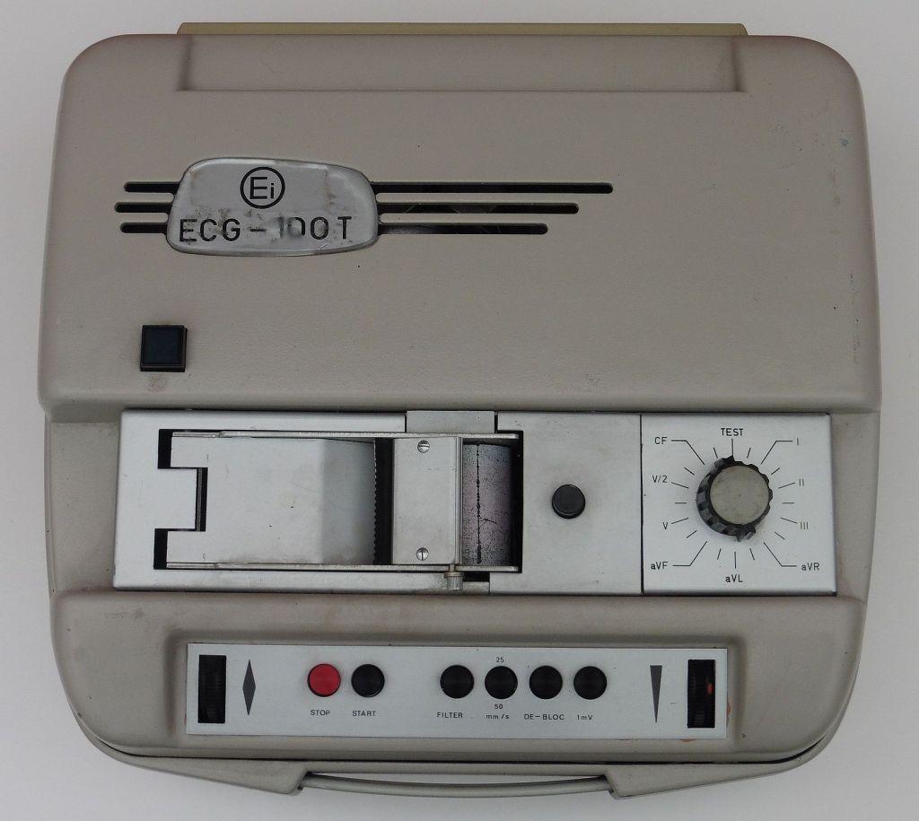 elektrokardiograf_ei_ecg_100t_01