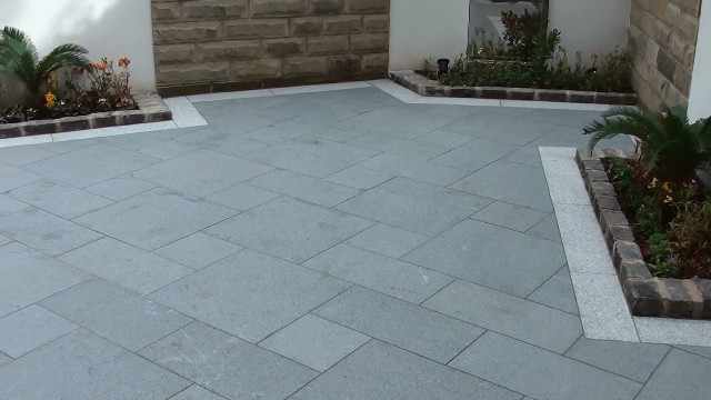 Marshalls Eclipse Granite Patio Paving In Manchester Ljn
