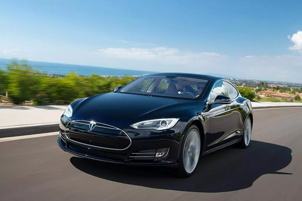 How Quickly Does the Tesla Model S\u0027 Battery Charge? News Cars