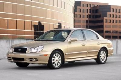 2004 Hyundai Sonata Overview | Cars.com