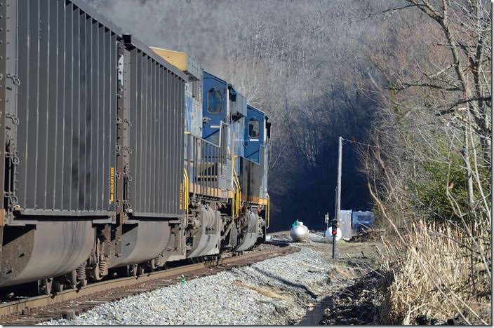 CSXTHS - Rail Fanning - CSX Logan and Coal River Districts, 12-28-2016
