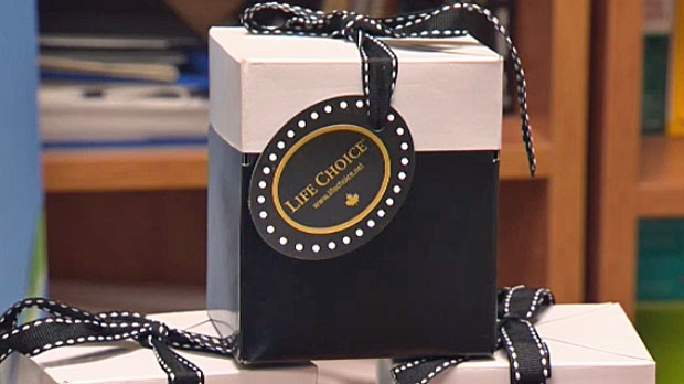 Cochrane Company Shows Its Swag On Oscar Night Ctv News