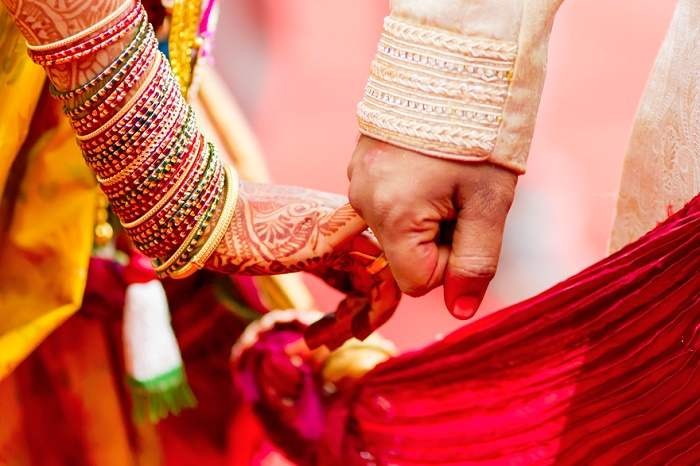 Love Couple Wallpaper Quotes In Hindi Seven Vows Of Hindu Marriage Significance Of Saat Pheras