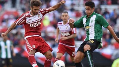Ponzio ha jugado en varias posiciones