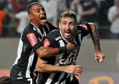 Robinho y Pratto, dos de las figuras del Mineiro