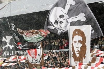 La imagen del Che, siempre presente en los ultras