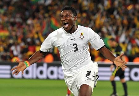 Asamoah Gyan: talento, experiencia y gol para las Estrellas Negras