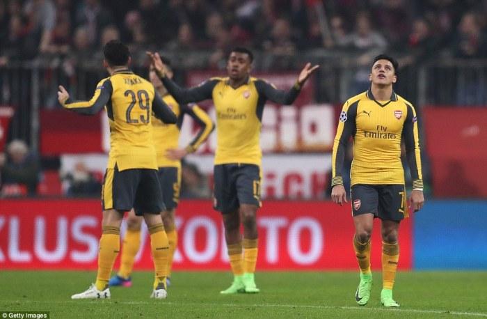 La desazón tras la derrota ante el Bayern.