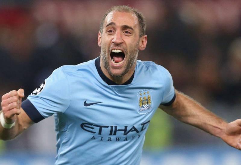 La figura del gran capitán: Zabaleta se aleja del Manchester City