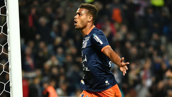Montpellier's French forward Steve Mounie celebrates after scoring a goal during the French L1 football match between Montpellier and Marseille at the La Mosson Stadium in Montpellier, southern France, on November 4, 2016. / AFP / PASCAL GUYOT (Photo credit should read PASCAL GUYOT/AFP/Getty Images)