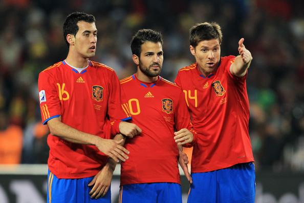 Busquets, Fábregas y Alonso, talento español.