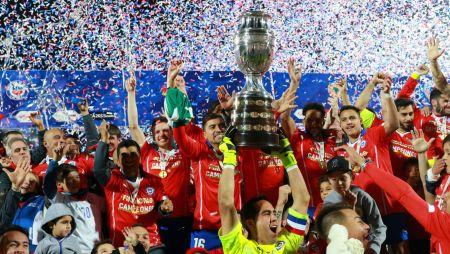 Chile celebra su título en la Copa América del Centenario
