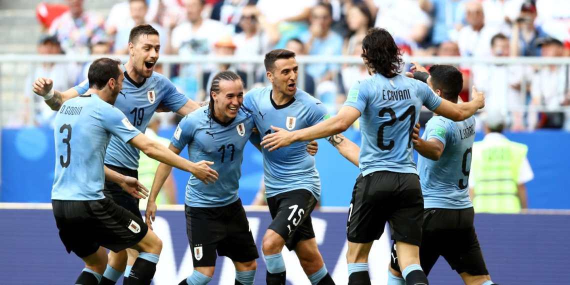 Uruguay gana y se ilusiona.
