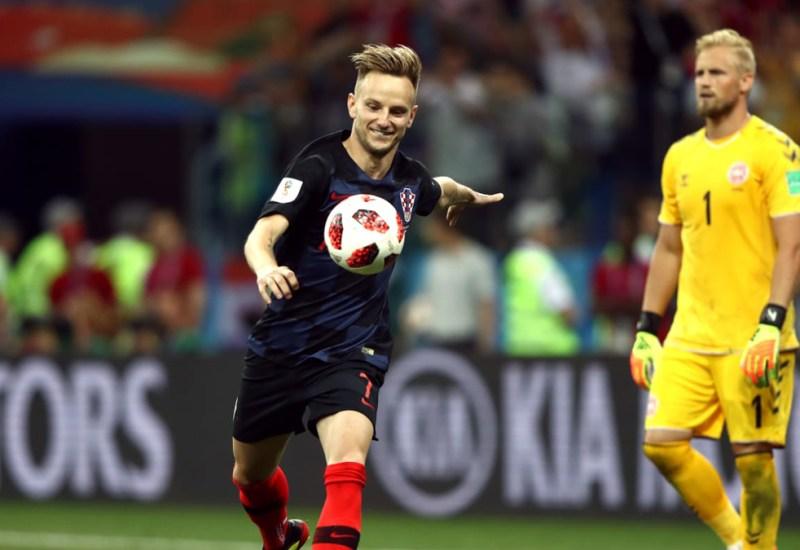 Croacia sufrió pero está en cuartos