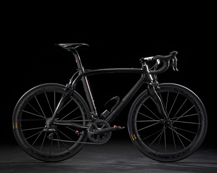 PINARELLO_DOGMA all black