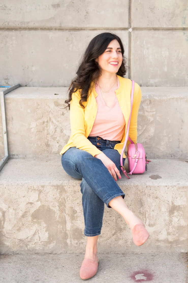 Watch Yellow purse – say no to bright color purchase video