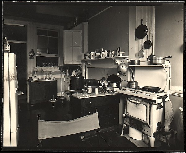 [Interior View of Walker Evans's Apartment at 441 East 92nd Street Showing Kitchen Area, New York City] Artist: Walker Evans (American, St. Louis, Missouri 1903–1975 New Haven, Connecticut) Date: 1930s–50s Medium: Gelatin silver print Dimensions: 9.5 x 12.1 cm (3 3/4 x 4 3/4 in. ) Classification: Photographs Credit Line: Purchase, The Horace W. Goldsmith Foundation Gift, through Joyce and Robert Menschel, 1996 Accession Number: 1996.166.48 Rights and Reproduction: © Walker Evans Archive, The Metropolitan Museum of Art