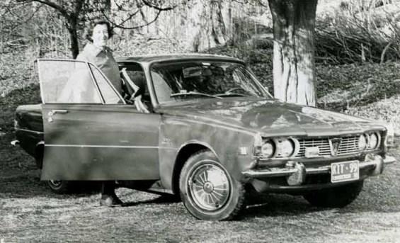 (not my actual grandparents, but same car - image: kitfoster.com)