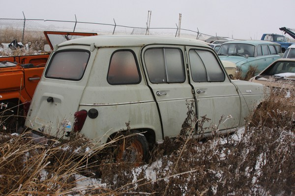 Renault 4 rear
